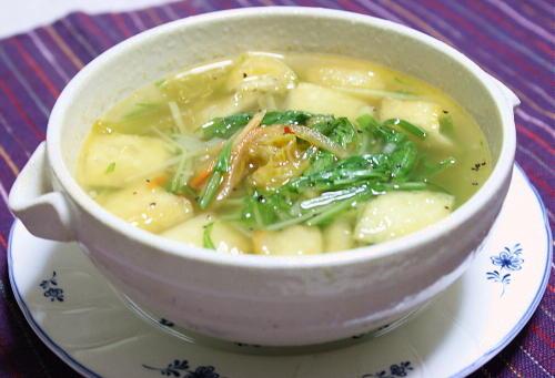 今日のキムチ料理レシピ:水菜とキムチのスープ
