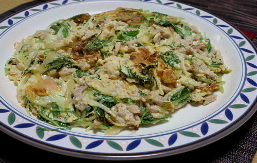 今日のキムチ料理レシピ:水菜とキムチの卵焼き