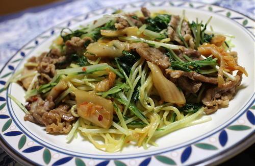 今日のキムチレシピ:水菜とキムチの塩焼きそば