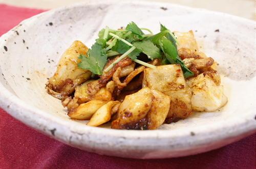 今日のキムチ料理レシピ:お餅と豚肉とキムチの甘辛炒め