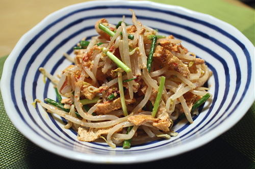 今日のキムチ料理レシピ:もやしのキムチサラダ