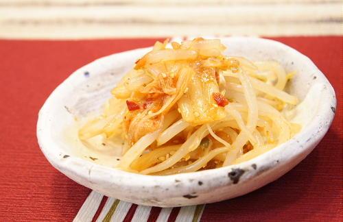 今日のキムチ料理レシピ:モヤシとキムチのポン酢和え