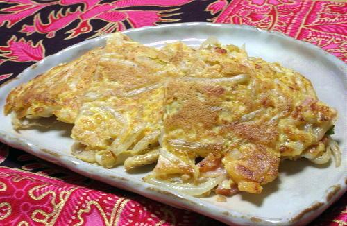 今日のキムチ料理レシピ:もやしとキムチのチヂミ風