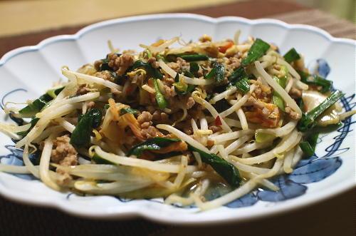 今日のキムチレシピ:もやしとキムチのひき肉炒め