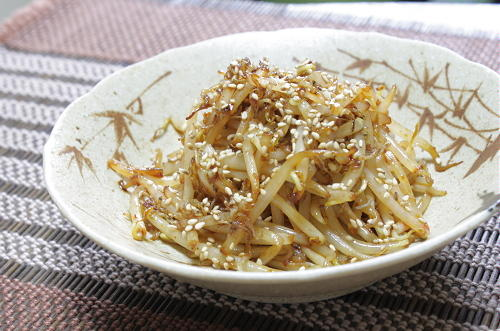 今日のキムチ料理レシピ:もやしのピリ辛じゃこ炒め