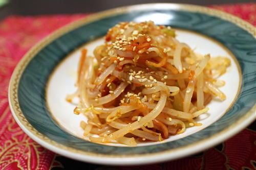 今日のキムチ料理レシピ:もやしとザーサイのピリ辛和え