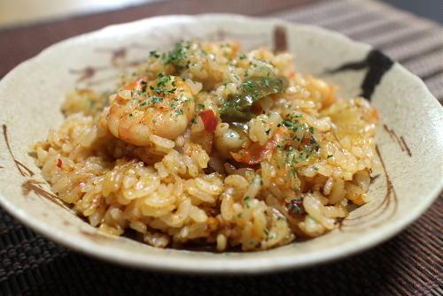 今日のキムチレシピ:むき海老とキムチの炊き込みご飯