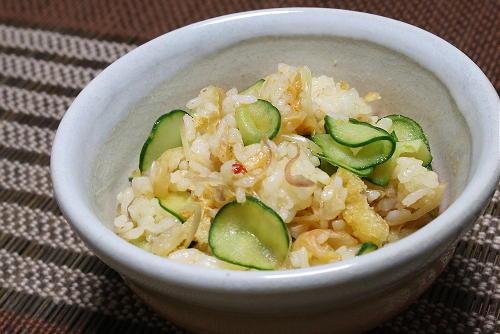 今日のキムチ料理レシピ:みょうがキムチご飯