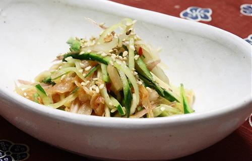 今日のキムチ料理レシピ:みょうがとキムチの酢の物