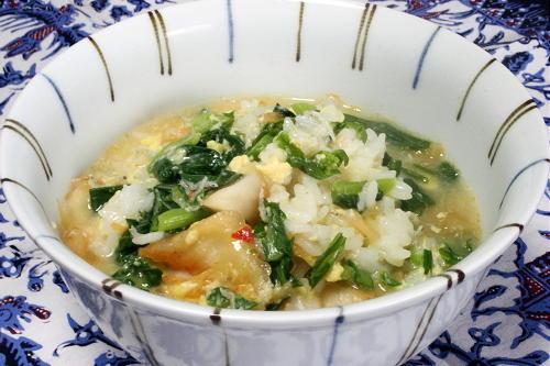 今日のキムチ料理レシピ:菜花とキムチの雑炊