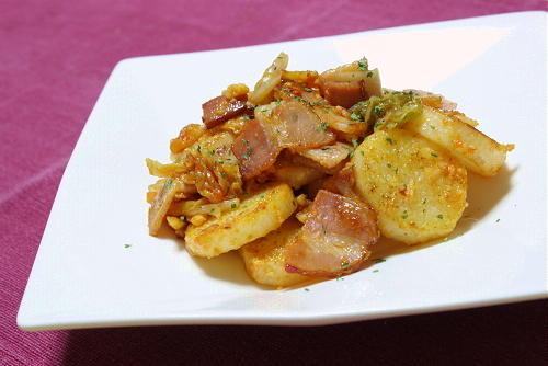 今日のキムチ料理レシピ:長芋とキムチのチーズ炒め