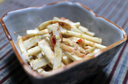 今日のキムチ料理レシピ:長芋とちくわの海苔キムチ和え