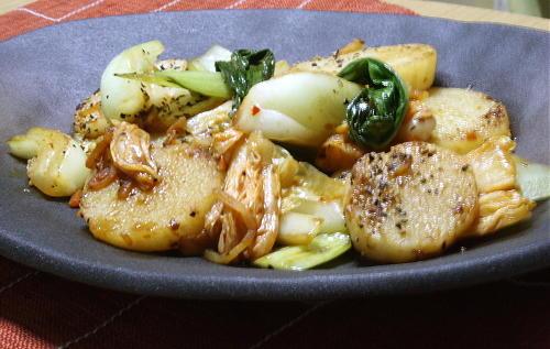今日のキムチ料理レシピ:長芋と青梗菜のキムチ炒め