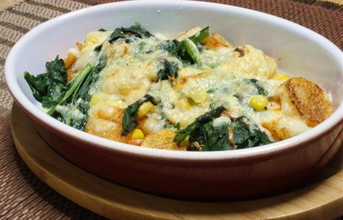 今日のキムチ料理レシピ:長芋とほうれん草とキムチのチーズ焼き