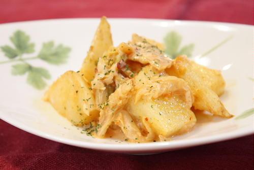 今日のキムチ料理レシピ:揚げ長いもの白菜キムチ和え