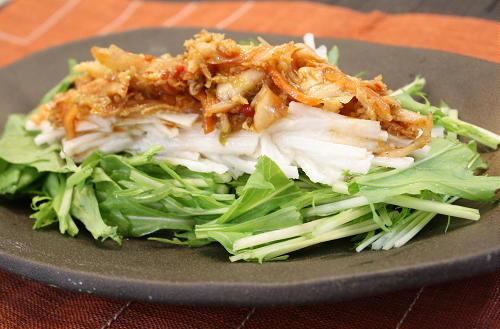 今日のキムチ料理レシピ:長いもと水菜のキムチドレッシング