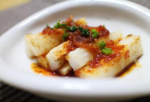 今日のキムチ料理レシピ:長芋のピリ辛ソースかけ