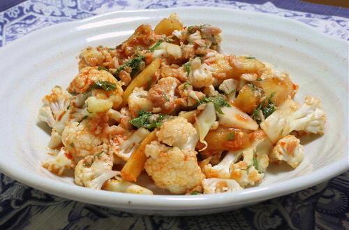 カリフラワーと大根キムチのサラダレシピ