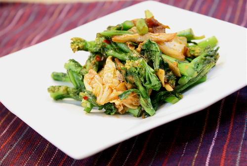 今日のキムチ料理レシピ: 菜の花のキムチ炒め