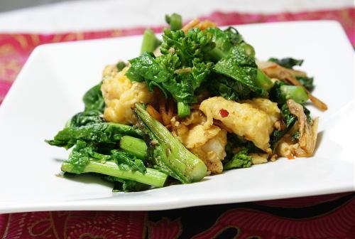 今日のキムチ料理レシピ:菜の花とキムチの卵和え