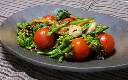 今日のキムチ料理レシピ:菜の花とキムチのにんにく炒め