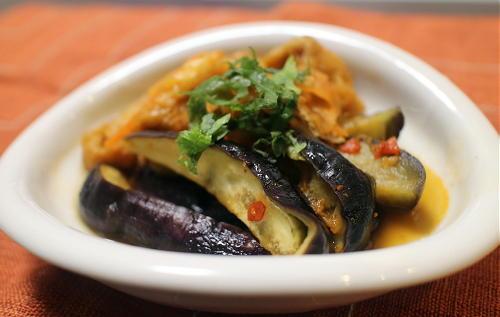 今日のキムチ料理レシピ:ナスと油揚げのピリ辛煮