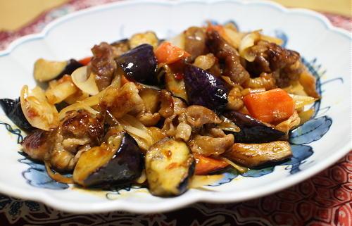 今日のキムチレシピ:豚肉とナスとキムチの甘酢炒め