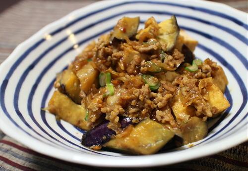 今日のキムチ料理レシピ:茄子と厚揚げのキムチひき肉炒め