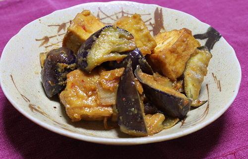 今日のキムチ料理レシピ: 厚揚げと茄子とキムチの味噌炒め