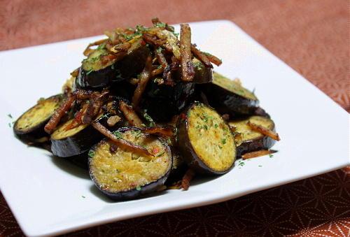 今日のキムチ料理レシピ:茄子とキムチのガーリック炒め