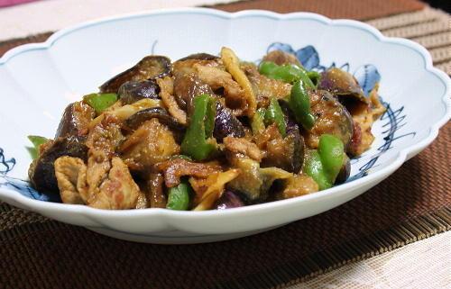 今日のキムチ料理レシピ:なすと豚肉とキムチの胡麻みそ炒め