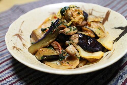 今日のキムチレシピ:豚バラ肉と茄子のキムチポン酢炒め