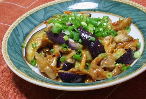 今日のキムチ料理レシピ:茄子と豚肉のキムチ炒め