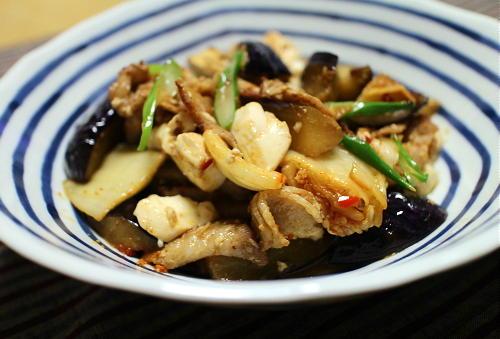 今日のキムチ料理レシピ:ナスと豚バラのキムチ炒め