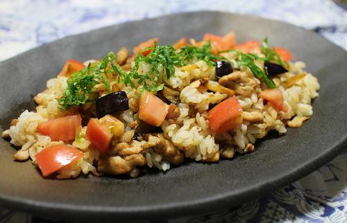 今日のキムチレシピ:ナスとキムチの混ぜご飯