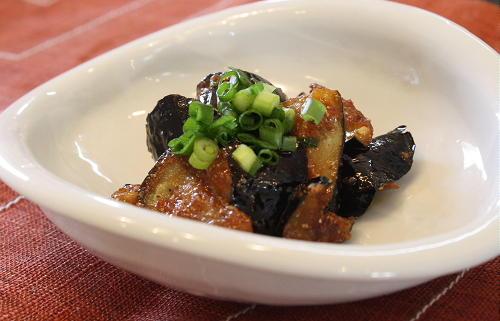 茄子の甘辛胡麻和えレシピ