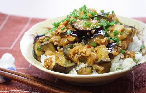 今日のキムチ料理レシピ:なすキムチ丼