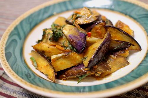 今日のキムチ料理レシピ:なすのピリ辛味噌炒め
