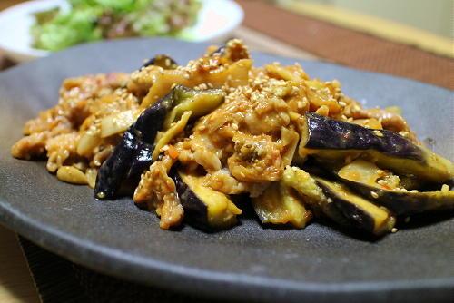 今日のキムチ料理レシピ:豚肉と茄子のキムチ味噌炒め