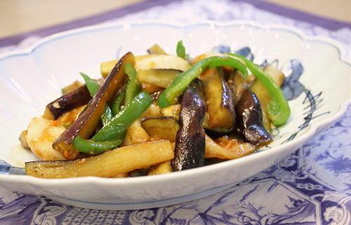 今日のキムチ料理レシピ:ナスとお餅とキムチの甘辛炒め