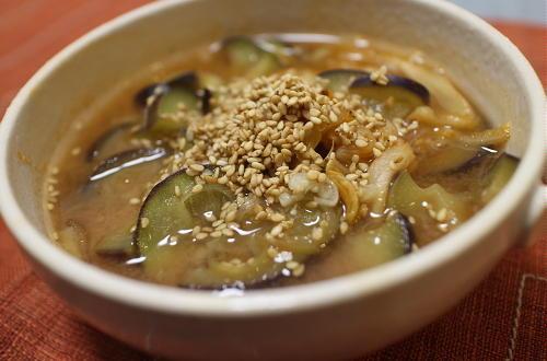 今日のキムチレシピ:茄子とみょうがのキムチ味噌汁