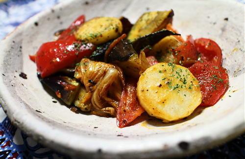 今日のキムチレシピ:ナスと長芋とキムチのケチャマヨ炒め
