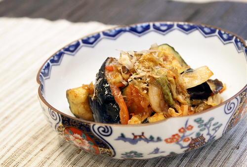 今日のキムチ料理レシピ:ナスとキムチのにんにく和え