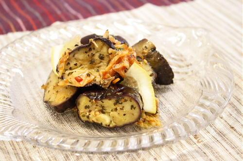 今日のキムチ料理レシピ:ナスとキムチのオリーブ油和え