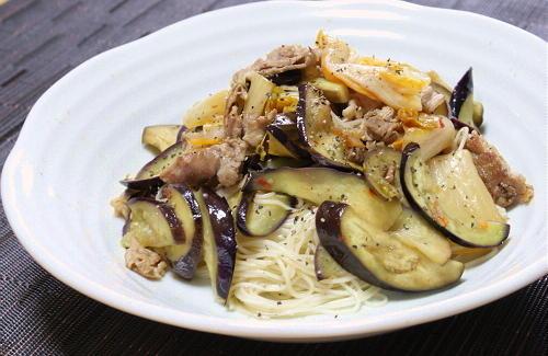 今日のキムチ料理レシピ:茄子とキムチの焼き素麺