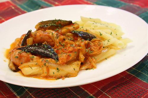 今日のキムチ料理レシピ:なすとキムチのトマトソース