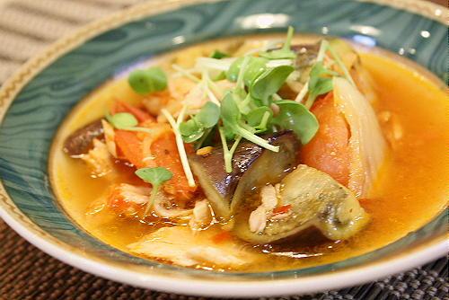 今日のキムチ料理レシピ:トマトとなすのキムチ煮
