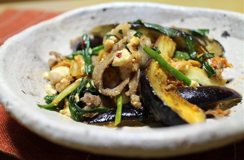 今日のキムチ料理レシピ:なすと豆腐とキムチの酢味噌炒め