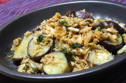 今日のキムチ料理レシピ:茄子のツナキムチ炒め