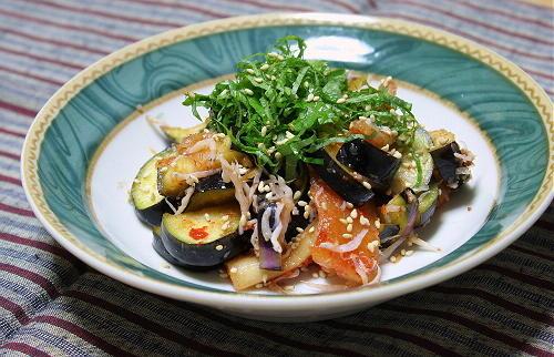 今日のキムチ料理レシピ:茄子と割干しキムチの和え物